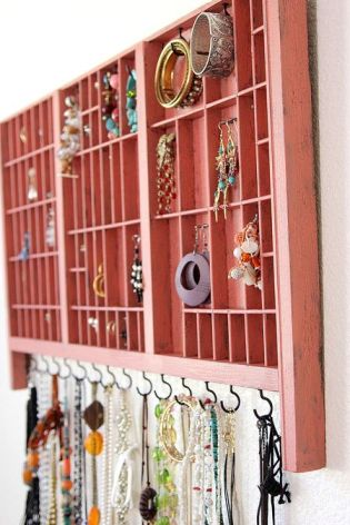 large jewelry organizer